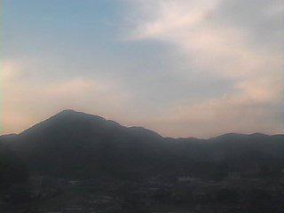 http://camera.city.niimi.okayama.jp/gazo/wl01/image.jpg